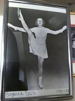 Suzanne Davis (figure skater)