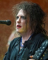 Robert Smith (musician)