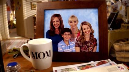Mom (TV series)