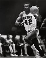 Michael Young (basketball)