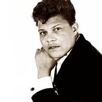 Tony Clarke (singer)