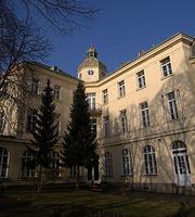 Lauder Business School