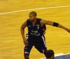 Charles Smith (basketball, born 1975)