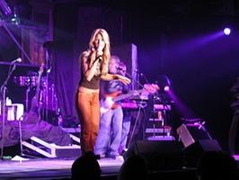 Shannon Brown (singer)